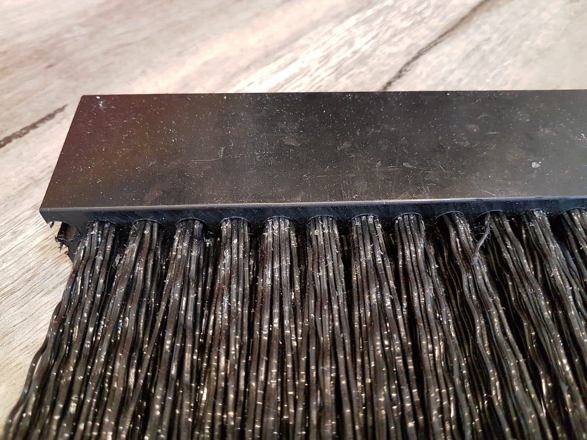 Busy-Bee-Brushware-4WD-Stone-Strip-5