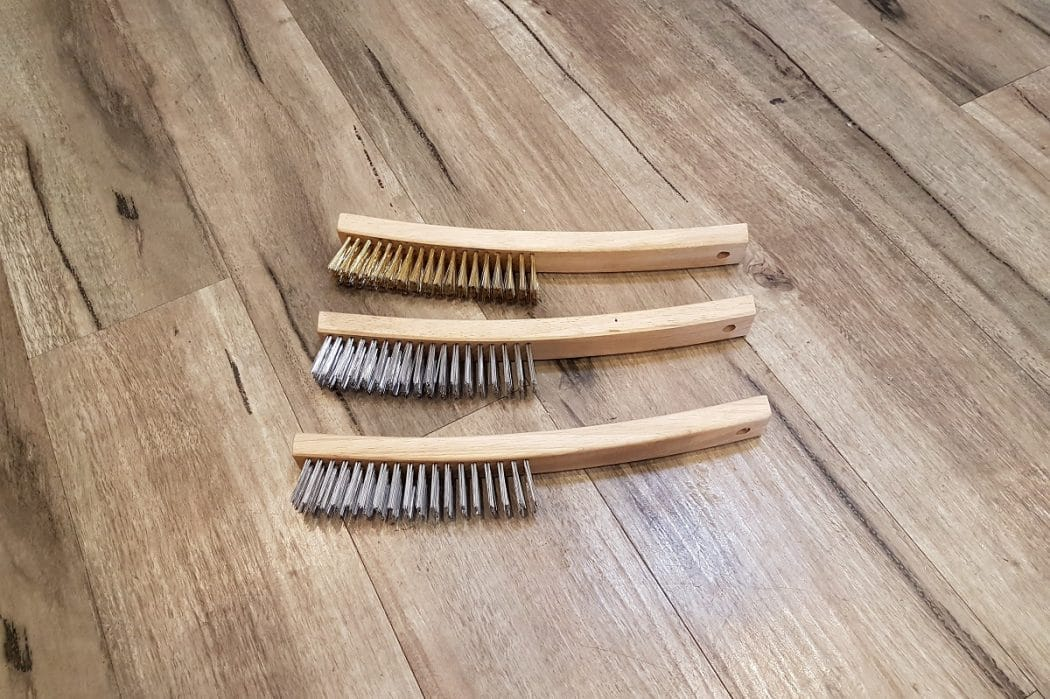 Busy-Bee-Brushware-Timber-Handle-Scratch-Brush-All-5