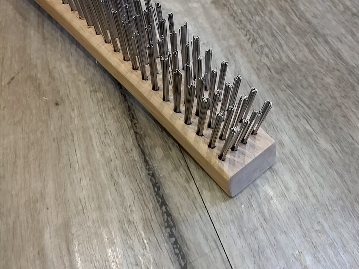 how to fix scratch on timber