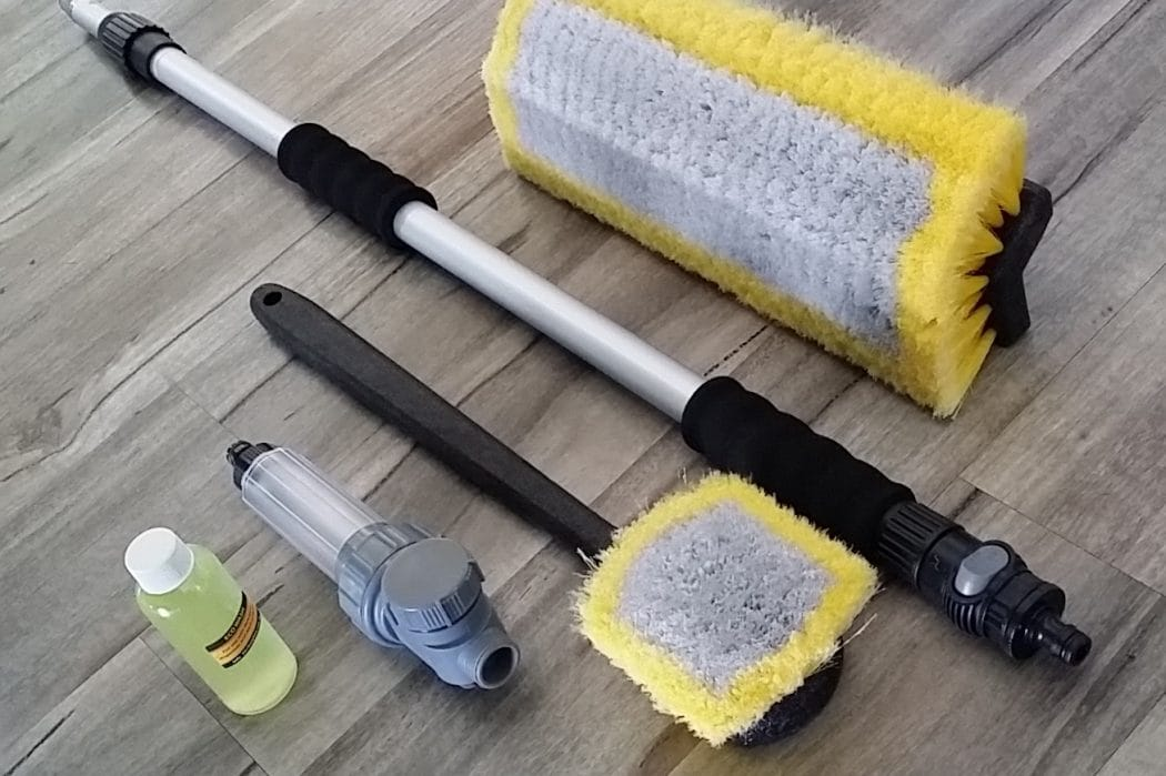 Busy-Bee-Brushware-Complete-Bi-Level-Wash-Brush-Kit-Square
